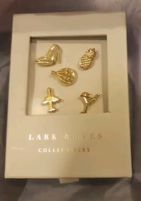 Lark & Ives Collectibles travel pins Vancouver