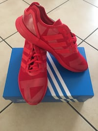 Adidas rouge taille 42