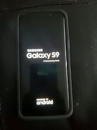 Samsung Galaxy S9 with Otterbox case