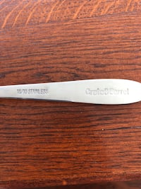 Crate & Barrel serving knife Fort Belvoir, 22060
