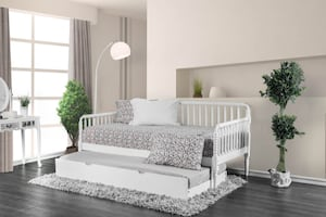 White Jenny Day Bed ****FREE DELIVERY ***FINANCING AVAILABLE