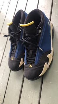 pair of black Air Jordan basketball shoes Carencro, 70520
