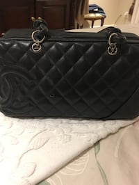Black chanel leather tote bag Hampstead, H3X 3G3