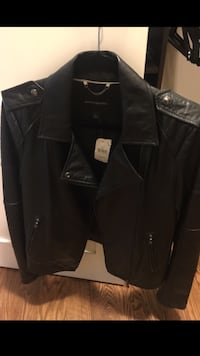LEATHER JACKET BRAND NEW SIZE L Newmarket, L3Y 0A6