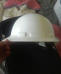 white hard shell helmet Pensacola, 32526