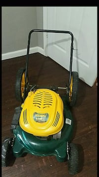 6 HP Yard Man Lawn Mower for parts Houston, 77022
