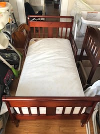Cherry wood Toddler Bed  Bowie, 20721