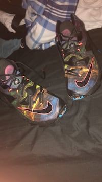 LeBron basketball shoes Woodbridge, 22193
