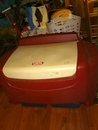 Little Tikes Toy Box with Drawers Dearborn Heights, 48125