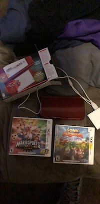 Xbox 360 console with controller and game cases Alsip, 60803
