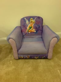 Tinker Bell toddler storage bench and chair. Great condition!  Ashburn, 20148