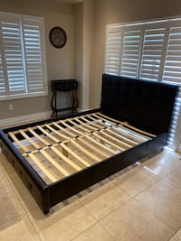 Queen size leather bed. Delivery available on gas cost.