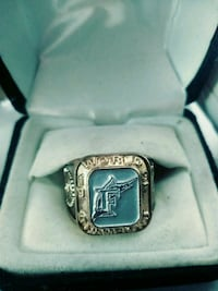 silver-colored ring with box North Fort Myers, 33903