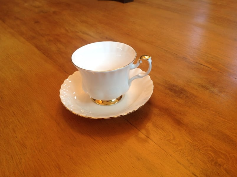 Valdor cups and saucers- 5.00 each.... white 4d9d4a1f-9c93-4559-8b68-5570522a3649