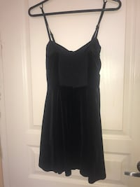 Top shop velvet dress Vancouver, V6E 1A7