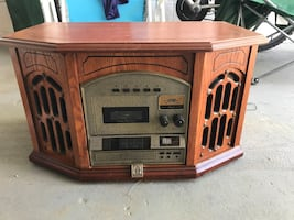 Antique record player -CD, cassette and radio options, Authenticy cert
