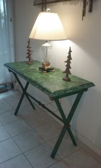Set of lamp and buffet table  Houston, 77042