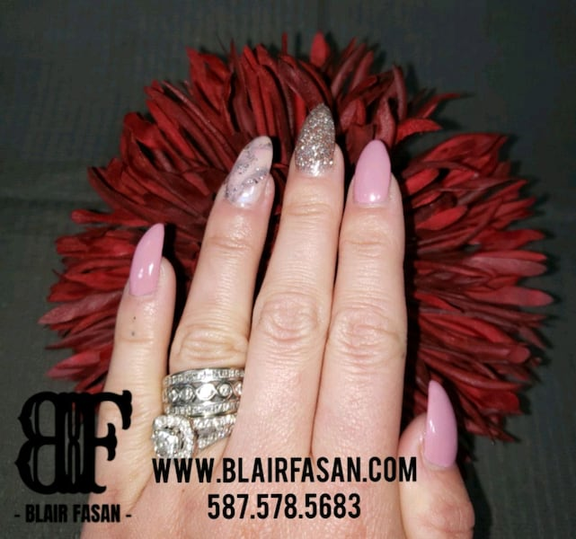 Nails - Gel extentions with Shellac/Gel Polish ac9863ca-6af4-40cb-9241-27e2a6103b5b