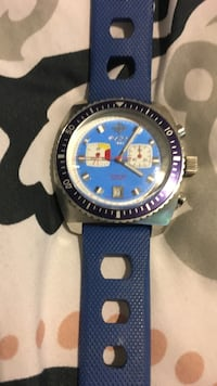 Round blue and white chronograph watch with blue rubber strap Saint Helena, 94574