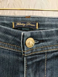 Women Fidelity denim jeans size 26 asking $30 worth $200 Calgary, T2E 0B4