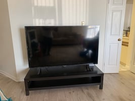 Table fit 65 inches / Moving sale