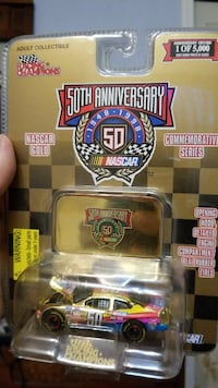 yellow, pink, and purple Nascar stock car die-cast Springfield, 65803