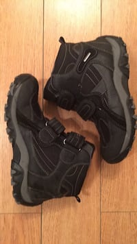 GEOX boys boots size 3.5 excellent condition  Vancouver, V6K 2L3