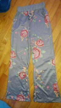 New stretchy grey floral print lounge pants Montreal, H8T