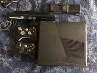 Xbox 360 with Kinect Mississauga, L4Z 4K3
