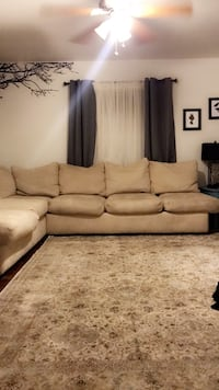 Sectional $350 Bakersfield, 93308