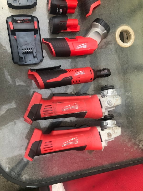 Set tools milwaukee  229eb7d1-bb2e-4df4-9a11-cba7b6102a0e