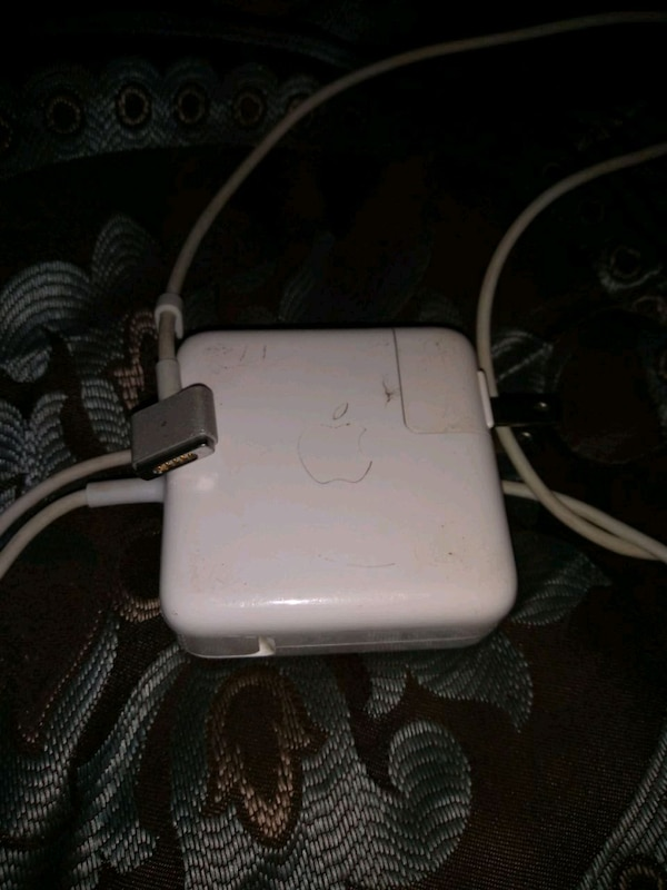 Charger 0