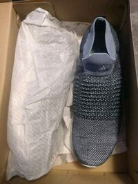 Adidas UltraBoost laceless parley Richmond, V6X 4A5