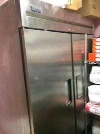 black and gray commercial refrigerator Alexandria, 22314