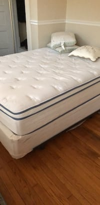 Spring Air Pillow Top Mattress and box spring with metal frame Norfolk, 23508