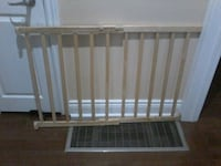Evenflo Baby Gate with Brand New Hardware  Richmond Hill, L4C 3K1