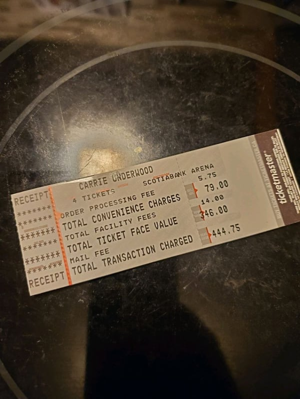 Must go!!!!! 4 Carrie Underwood concert tickets 6395f3b4-fa5a-481a-adc2-1506d2e8d6ef
