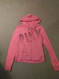 Pink sweater size large London, N5X 3B2