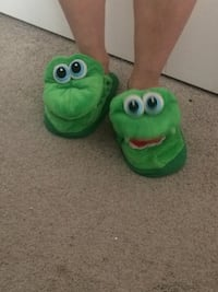 Stompeez  slippers. Great gift for young boy or girl!! Size small. My son only wore them a few time on PJ day at school   Langley, V3A 3V3
