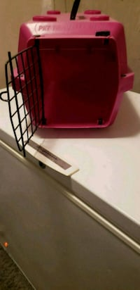 Cat/small dog carrier Calgary, T1Y 4P6