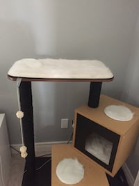 Cat tower St Catharines, L2S 4C9