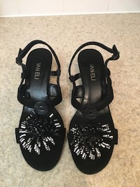 Vanelli Women's Sandals for Sale Red Deer, T4R 1Z4