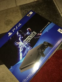 Sony PS4 console with controller and game case Toronto, M6M 1H6
