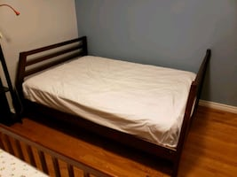 Bunk Bed with 2 mattresses