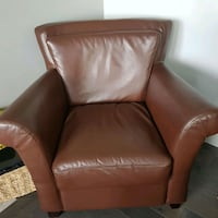 Full leather chair Edmonton, T5T 4S1