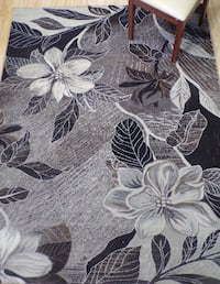 Brand new 5'X7' Abstract Floral Gray/Brown RUG Kennesaw, 30152