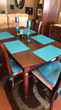 Cherrywood Dinning Room table with Extendable Leaf and 5 chairs w/entertainment center Orlando, 32819