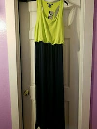 Ladies maxi dress size large South Bend, 46628