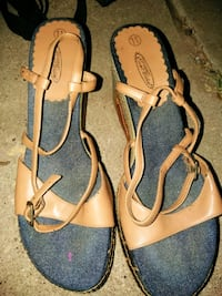 pair of gray-and-brown leather sandals Amarillo, 79104