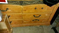 6 drawer dresser with a on top design